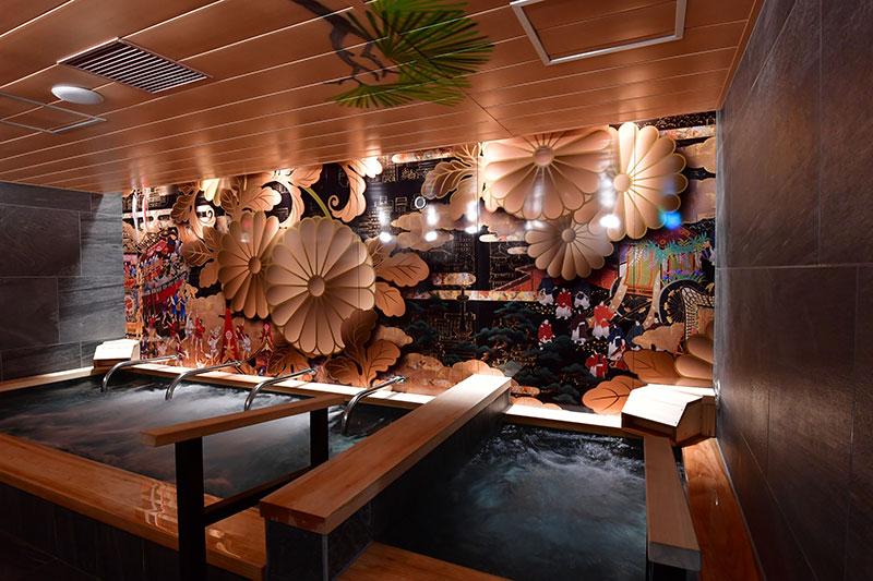 京都四条通りの絶好のロケーションに<br>あえてキャビンスタイルで収益性を高めるデザインを!