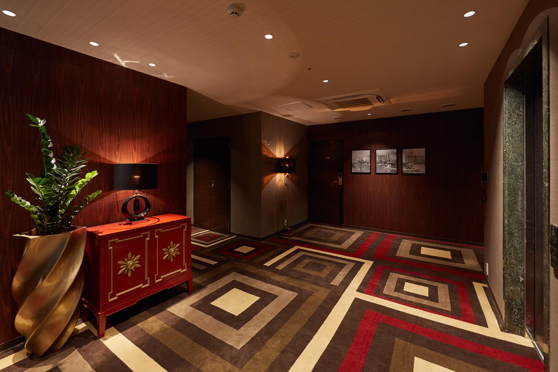 神戸駅前にリノベーションホテル・デザインビジネス。<br>ビジネスもカップルも楽しく過ごすダブルターゲット。